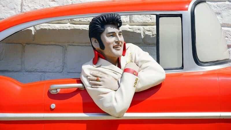 An Elvis Presley mural